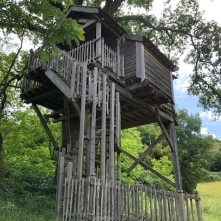 Moulin tree house