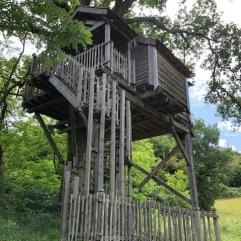 Moulin tree house